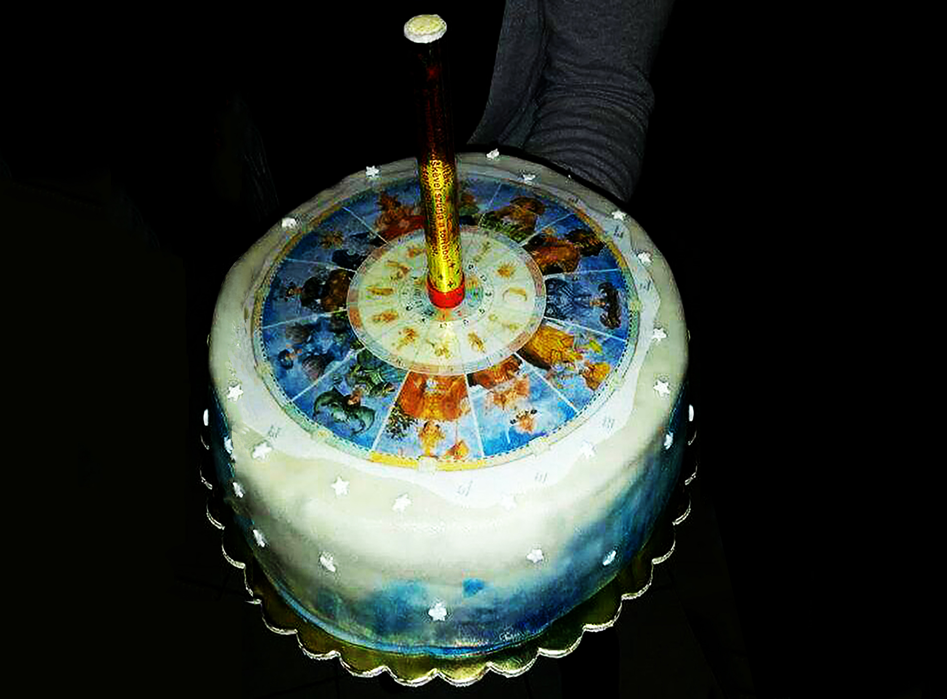horoscope cake4